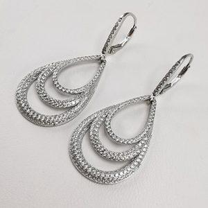 Aro de plata 925 Brilho Silver con rodinado y piedras de microcircón