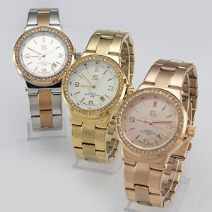 Reloj Yess Watches para mujer modelo casual metálico