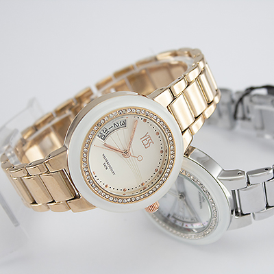 Reloj Yess Watches para mujer fashion metálico