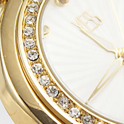 Reloj Yess Watches para mujer modelo fashion tipo casual detalle 2