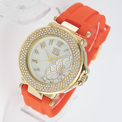 Reloj Yess Watches tipo fashion para mujer con pulso de silicona