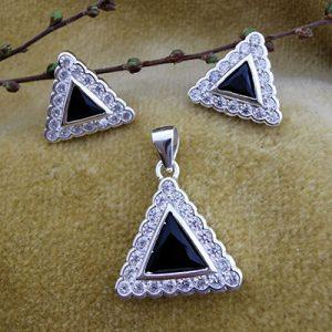 Conjunto aros y colgantes triangulares de plata