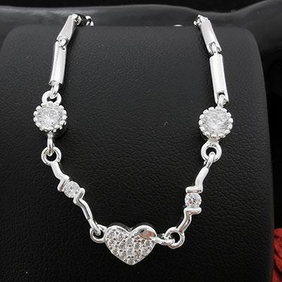 Pulsera en plata con corazón con microcircones