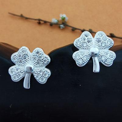 Aros de plata trébol de cuatro hojas