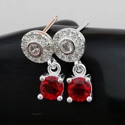 Aros de plata circones rojos