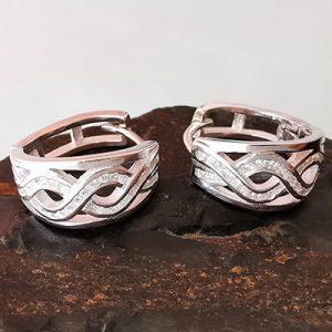 Aros hoggies de plata italiana con microcircones